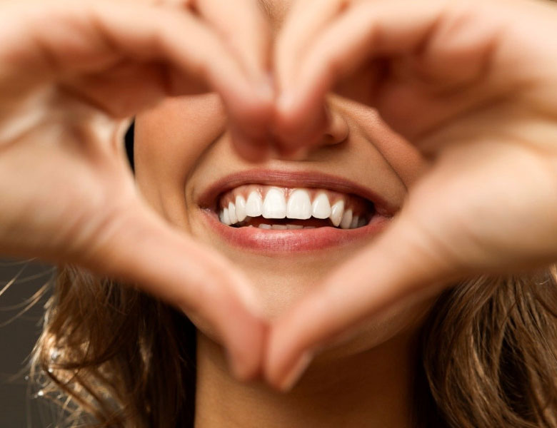 Βελτίωση εμφάνισης δοντιών